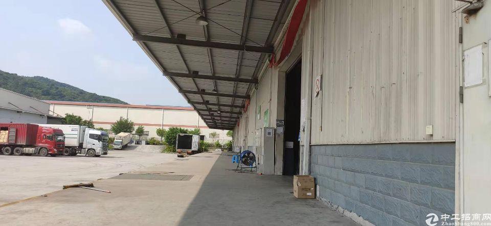 黄埔区永和开发区原房东物流仓库10000平,带卸货平台