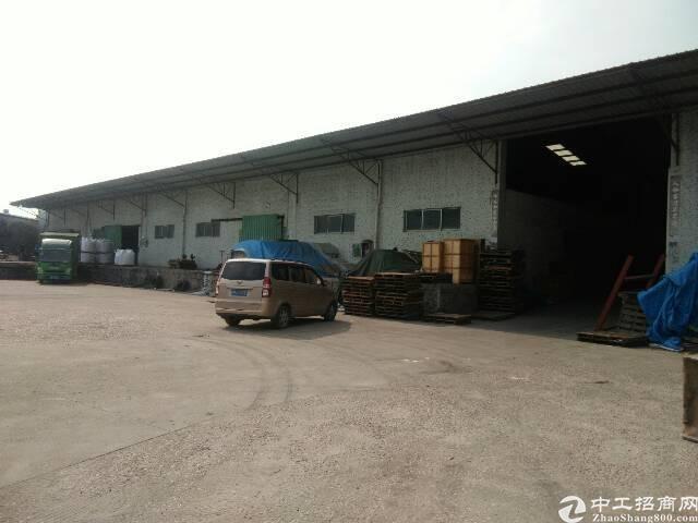 西丽新出3000平8米高带缷货平台仓库低价出租