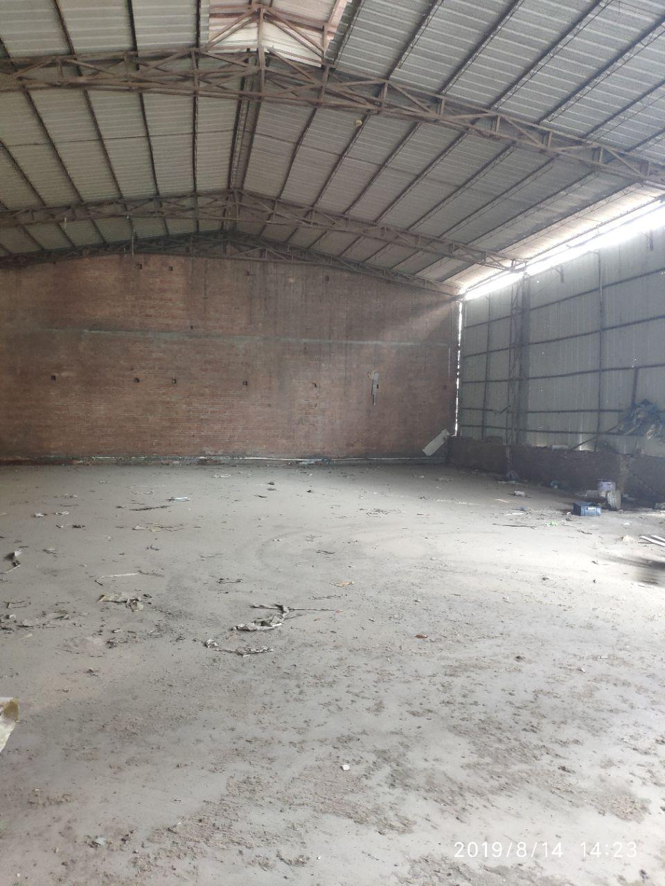 中堂镇北王西路斗朗附近新出独门独院单一层铁皮房。