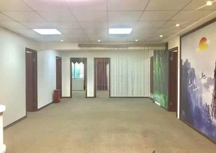 龙华油松220平方,5+1格局适合养生馆美容行业图片7