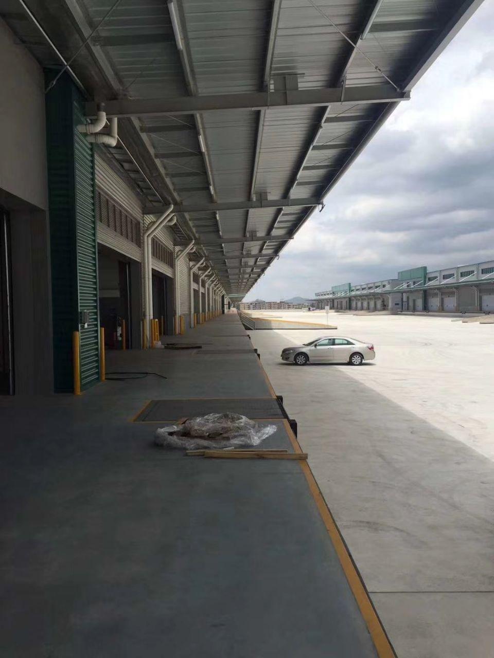 物流仓库23000平米,高卸货平台