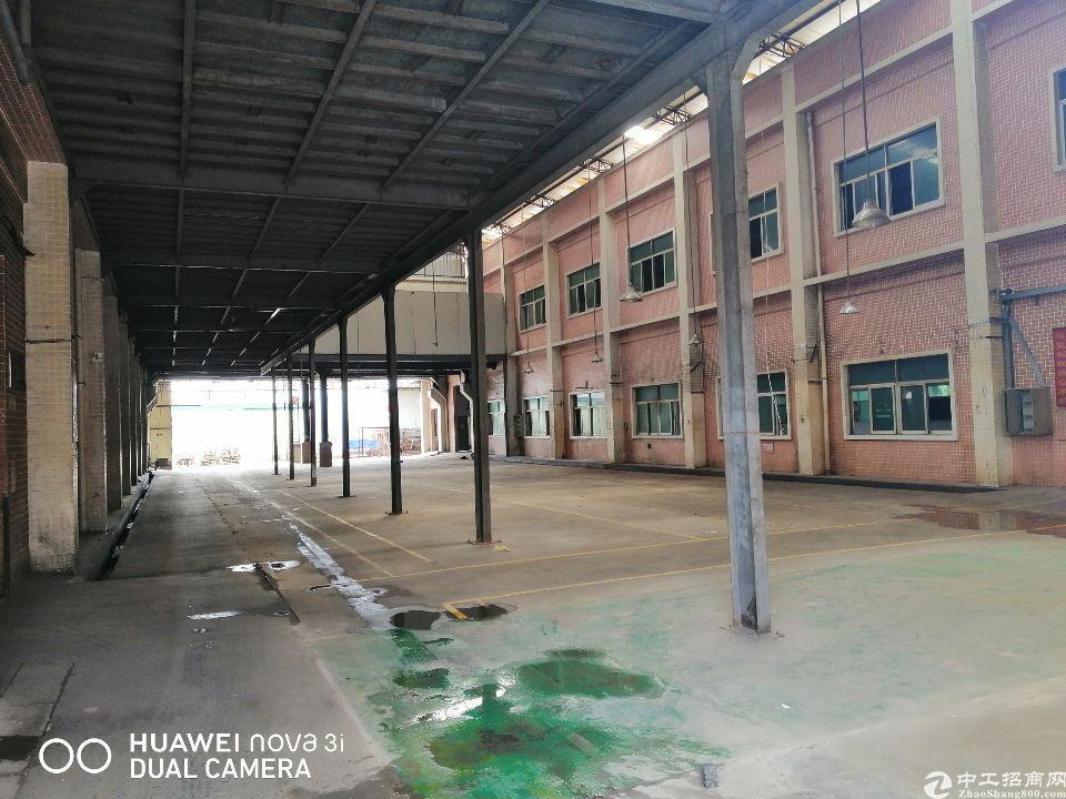 塘厦田心标准厂房一楼1500平,二楼1500平,租金23起
