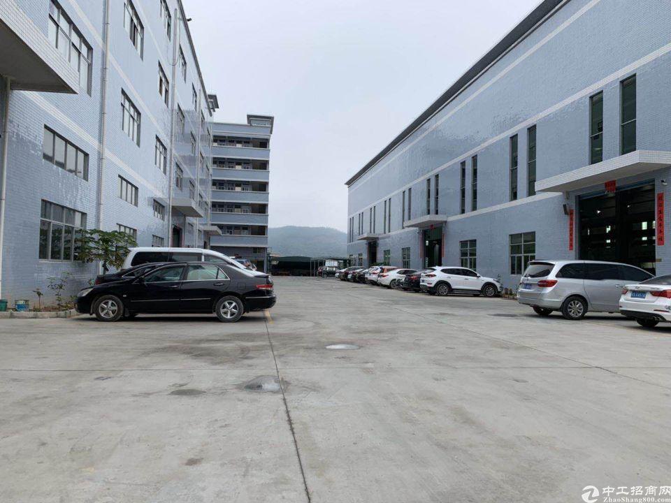 广州花都成熟工业区建筑6360㎡不动产权证厂房出售