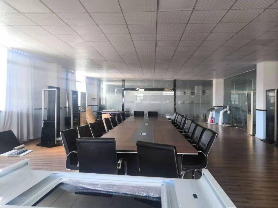 松岗地铁口附近新出原房东4楼整层1300平带豪华装修办公室-图6