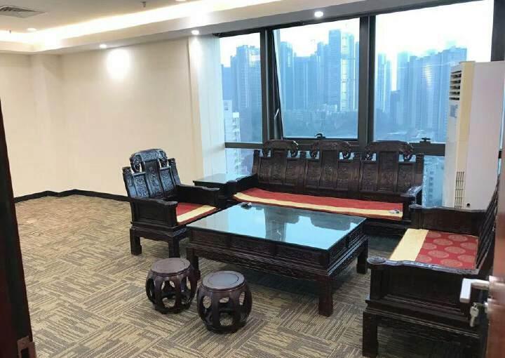 龙华核心位置超甲级写字楼,家私齐全图片6