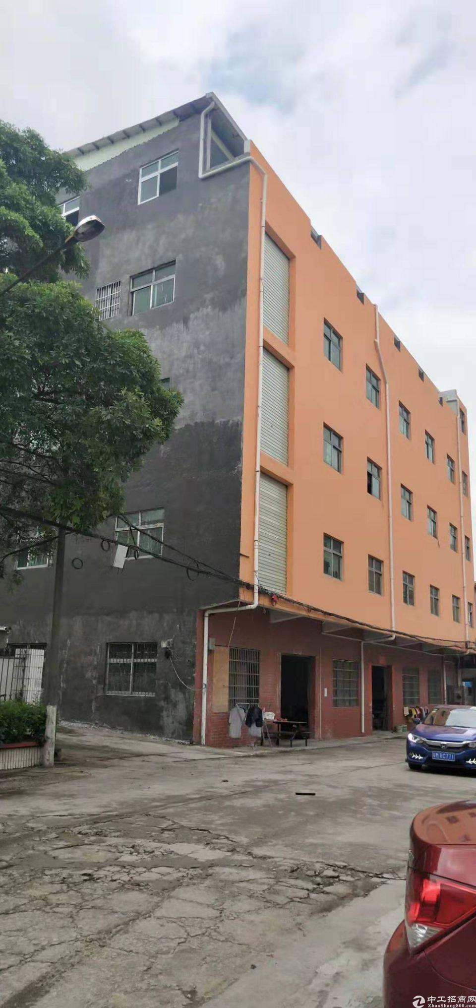东坑楼上3-5楼出租,每层650平
