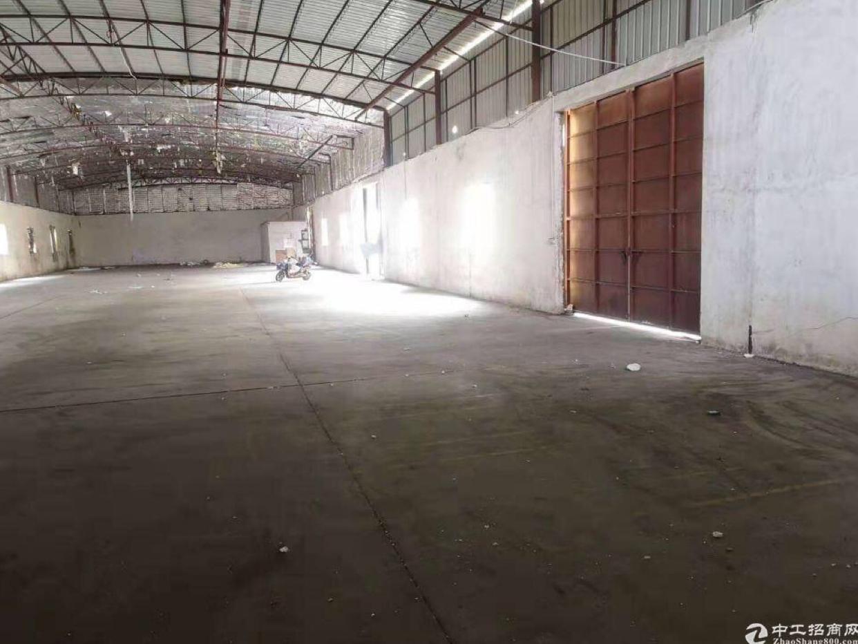 天河区单一层仓库滴水7米1000平可做机械加工切割类
