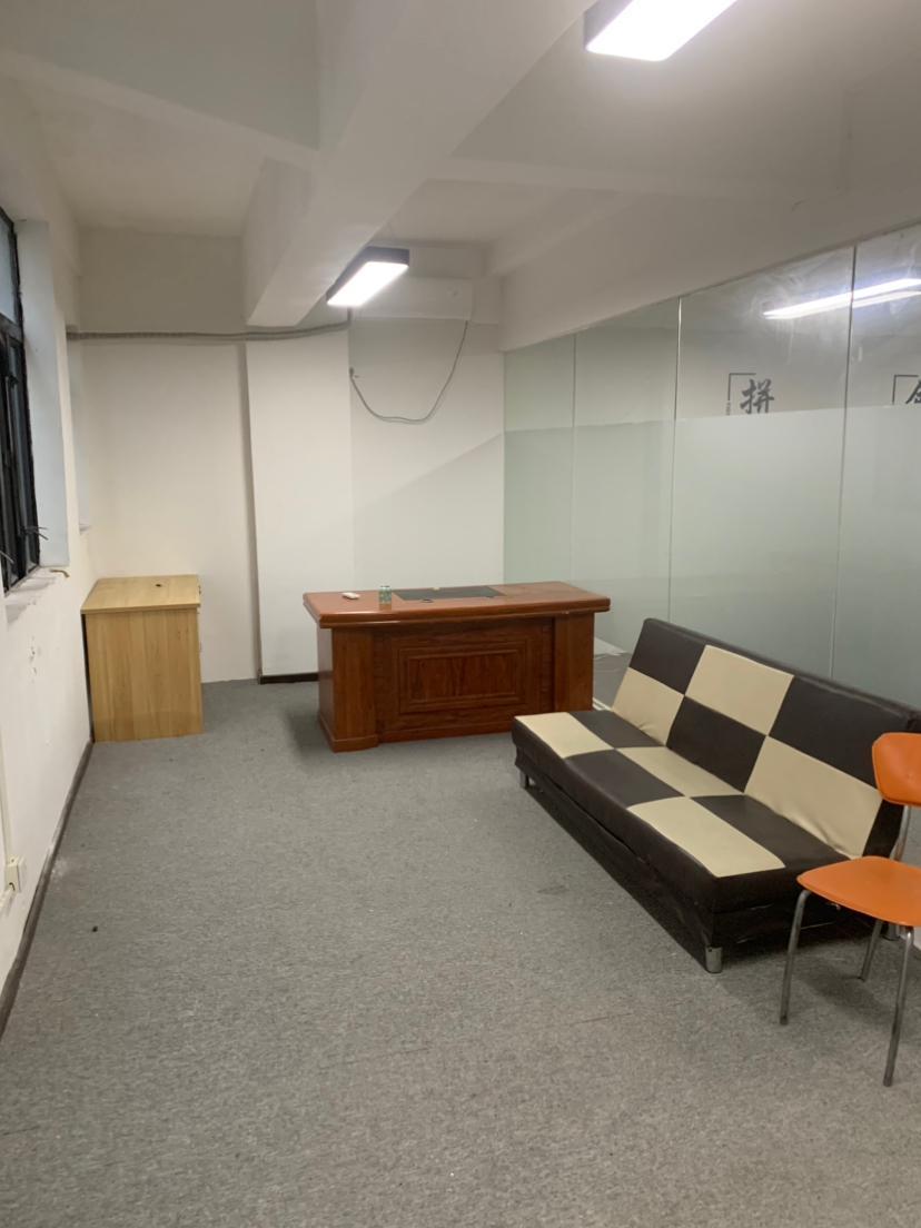 坂田五和地铁站120平方精装修厂房办公室出租!