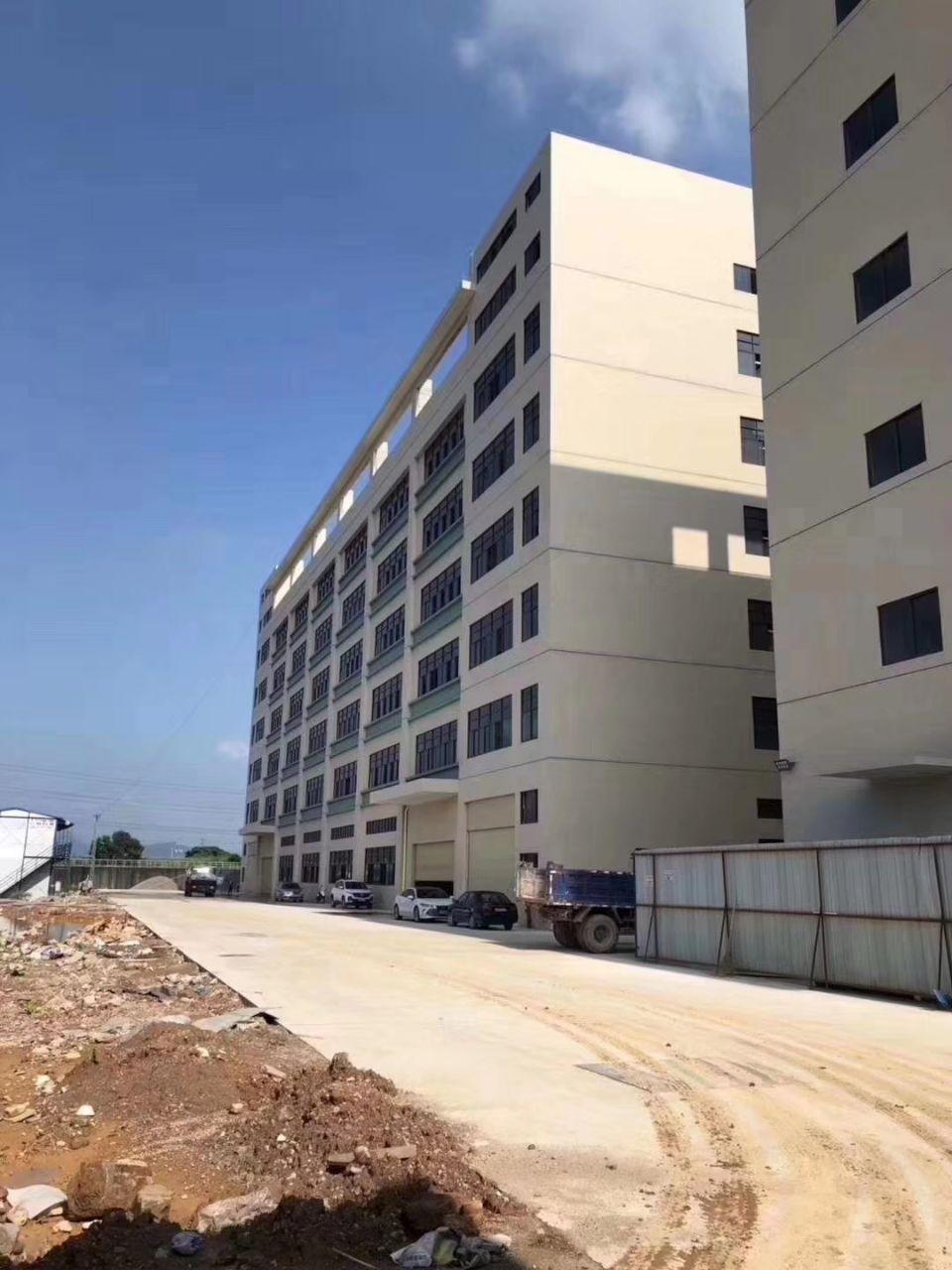 林村全新厂房带红本39000平出租
