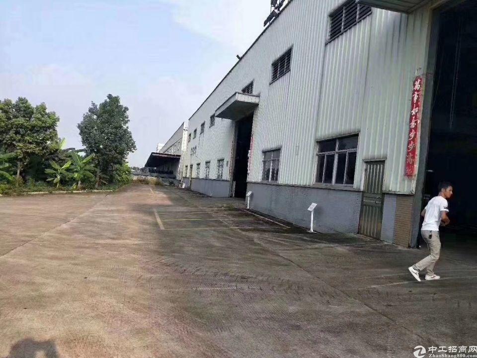 龙岗坪地新出独院钢构厂房6000平方高度8米现成行车空地超大