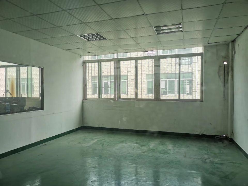 福永107国道边二楼整层实际面积出租850,合同三年,无转让