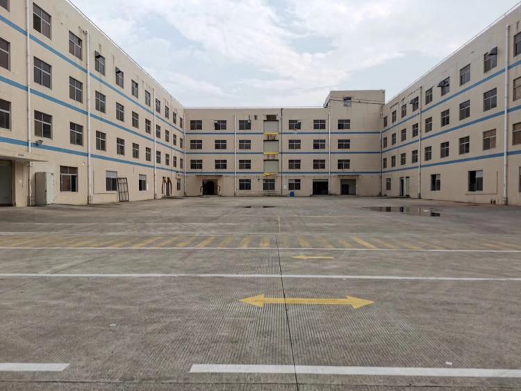 新出标准独院厂房1-4层31477平方出租,可办环评带装修