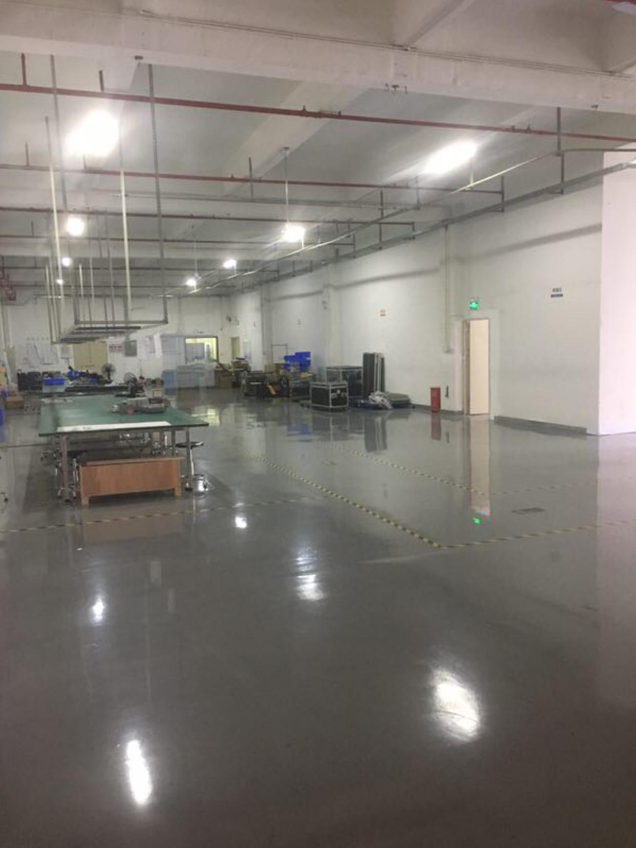 招租:观澜高速出口处新出3楼零公摊950平方带全新装修-图4