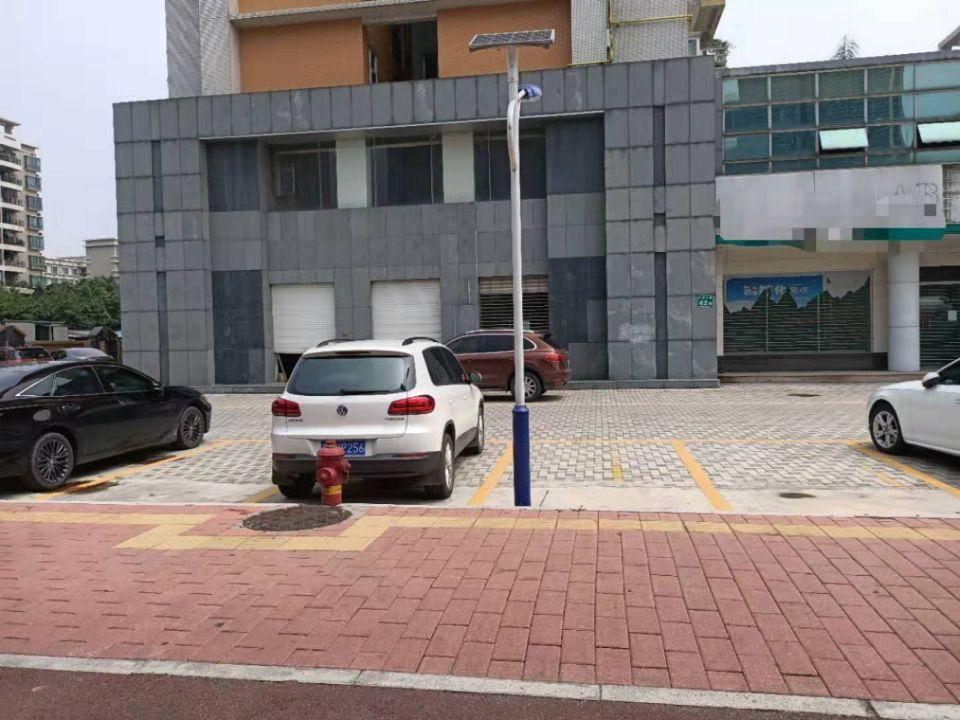 广州黄埔区主干道旁全新二楼办公楼1250㎡出售带国有证形象好