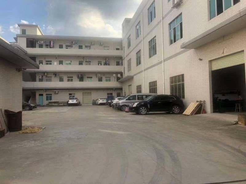 原房东独栋出租。实际面积出租。厂房每层1120平方,厂房