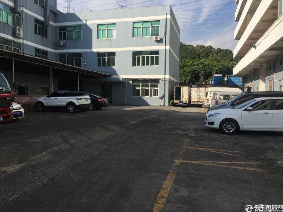 (出租)宝安兴东地铁旁二楼130平方米仓库出租