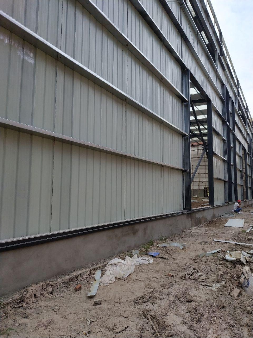 大渡口区标准厂房层高11.8米跨度24米长度100米标准钢结
