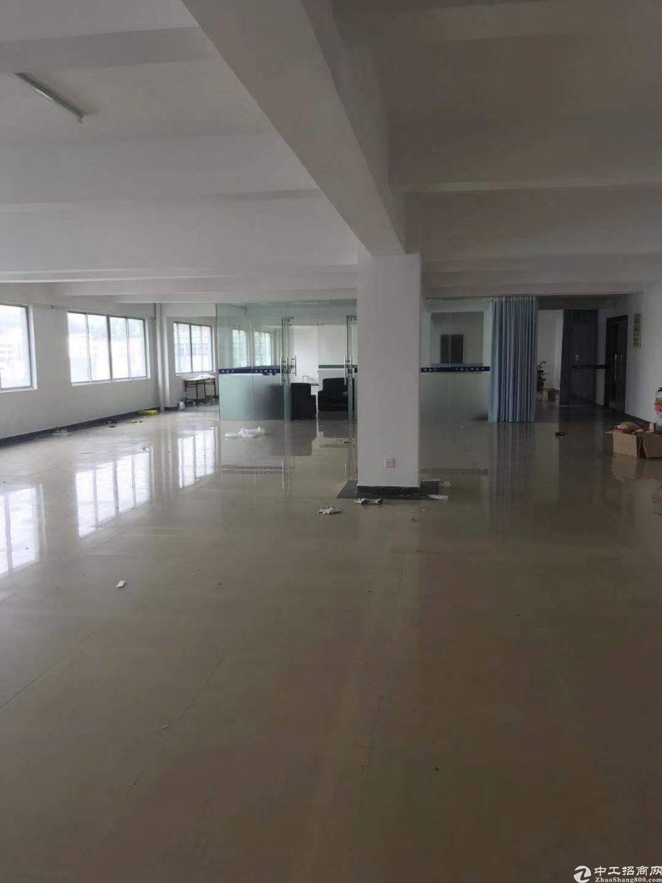 钟村花园式工业园厂房860方,适合电商,办公,仓库,组装
