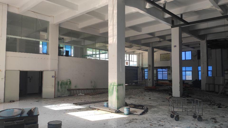 新塘镇一楼1000方厂房出租