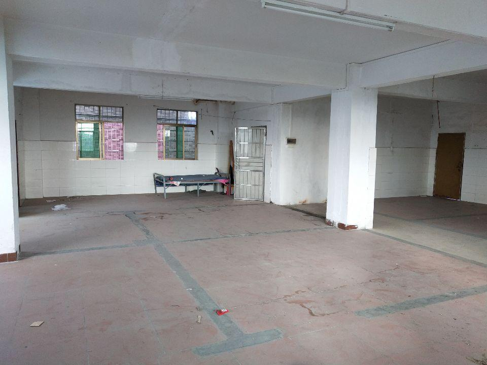 (出租)靠近大马路,工业区厂房仓库320出租
