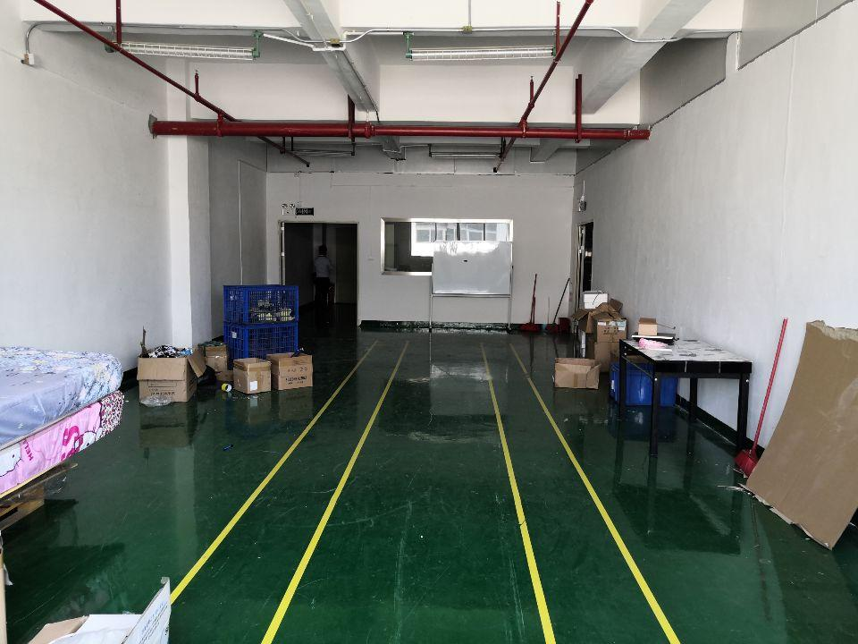 沙井西环电子城附近楼上630平方精装修厂房出租