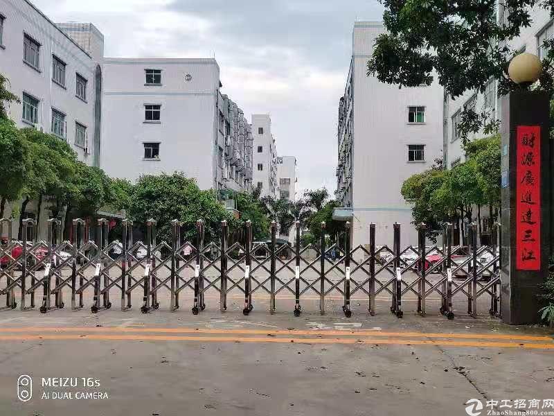 塘厦科苑城新出3楼800㎡带豪华装修水电齐全形象好火爆抢租