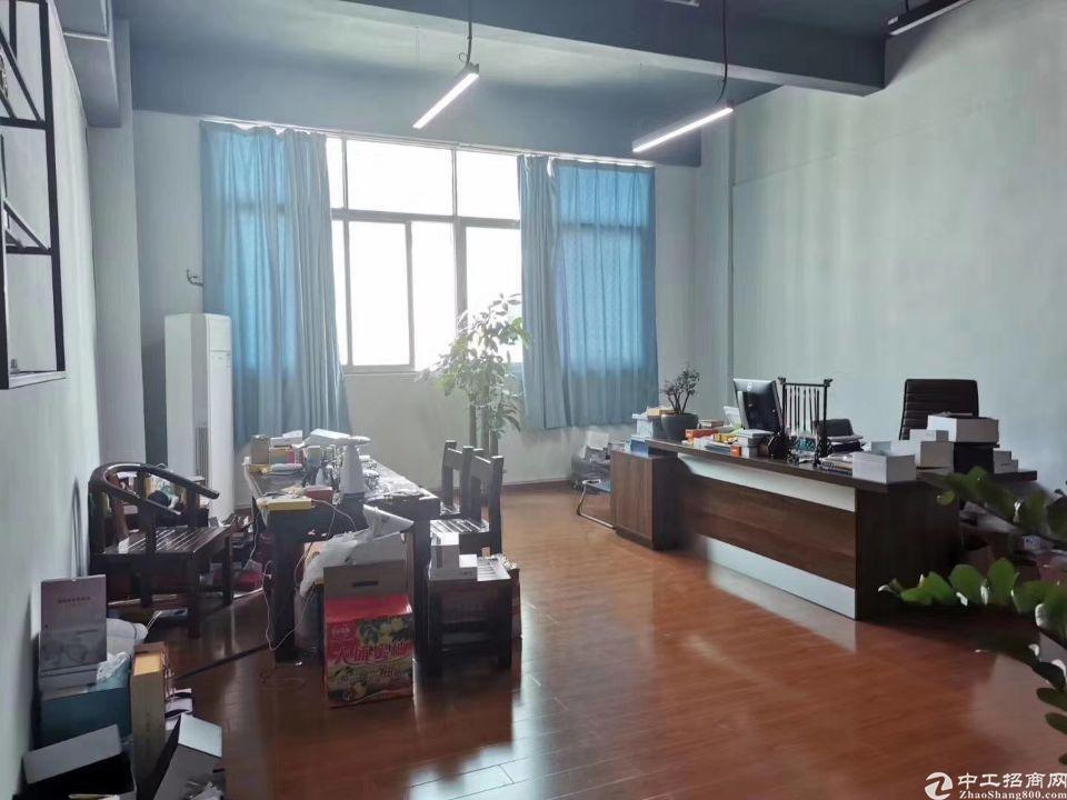 福永新和楼上带装修1500平厂房出租-图5