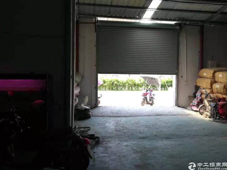 天河区龙洞地铁口附近新空单一层仓库800平招租