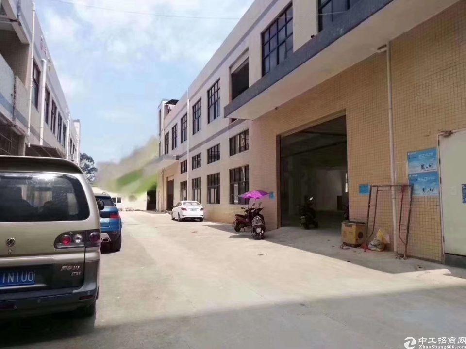 公明上村新出独院厂房2500平米一楼6米高实际面积出租