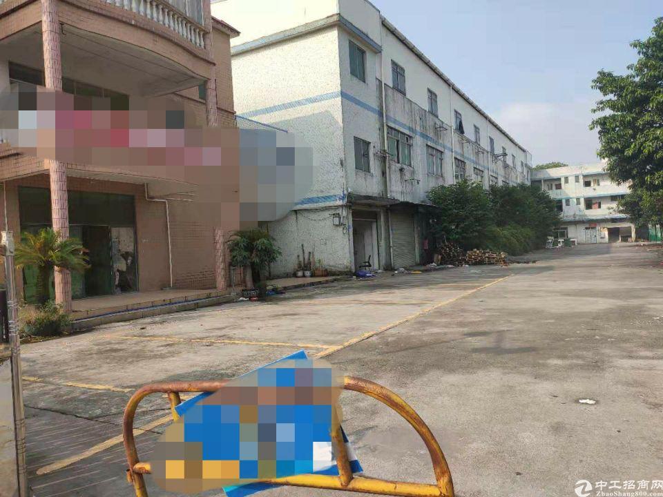 均禾清湖村独门独院一楼厂房1200方,宿舍一楼整层580方