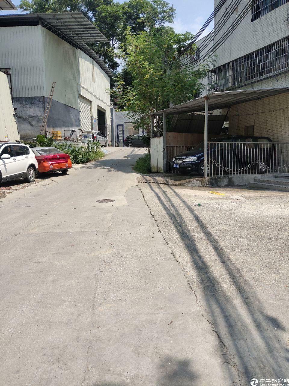 广州天河龙洞街新出仓库300方有空地好进车,只租25元