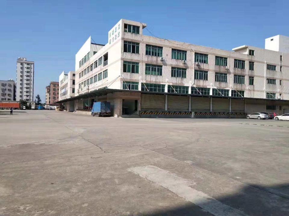 福永107国道新出标准物流仓库,1-4层实际面积25000。
