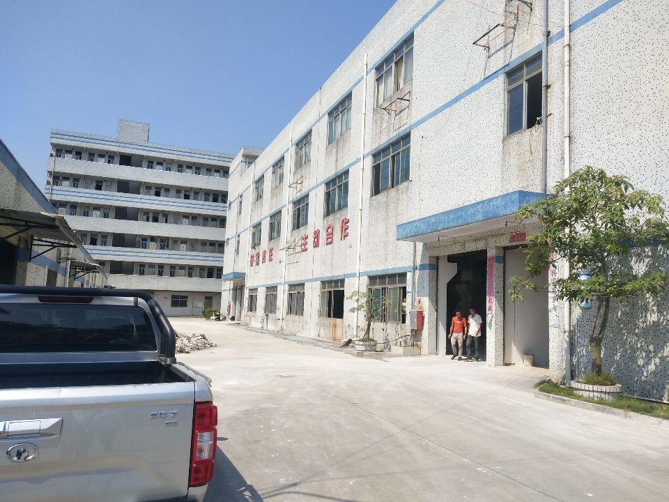 林村鲤牙塘工业区三楼600平方出租