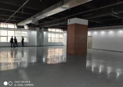 坪山龙田精装修办公楼出租,570平可分组,