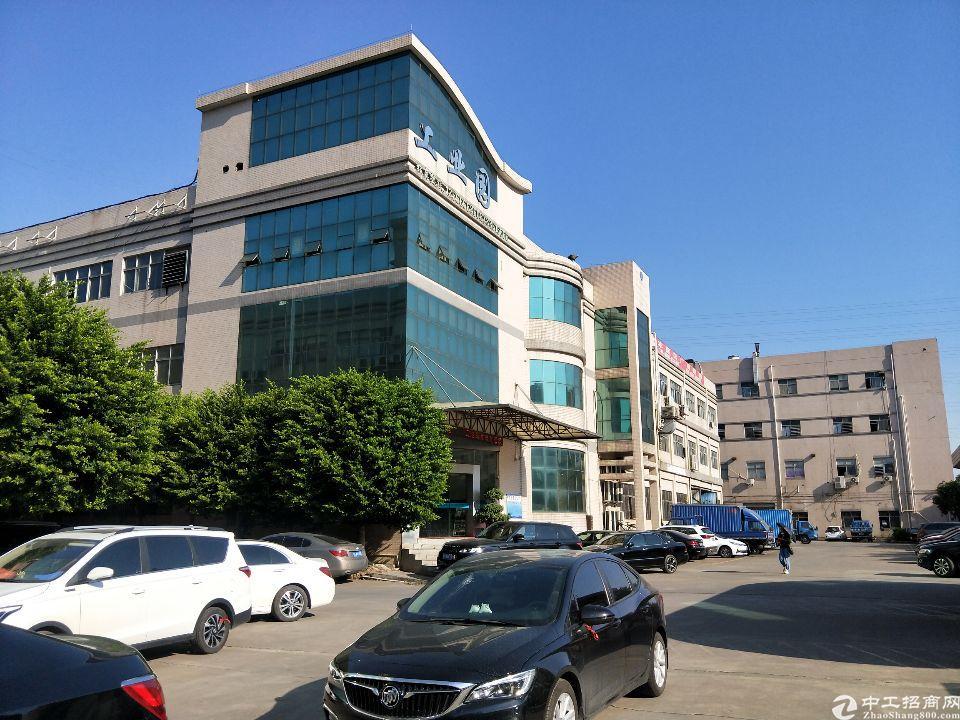 乌沙振荣路工业园新出2楼1600平水电齐全