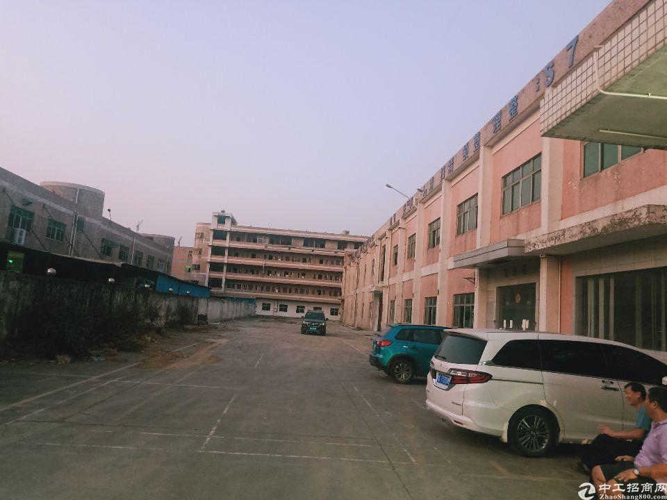 原房东标准厂房独院5年不递增实量面积10611平出租可分租