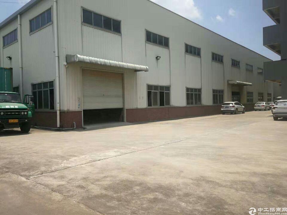 寮步广场旁出租仓库750平米15000元每月实际面积