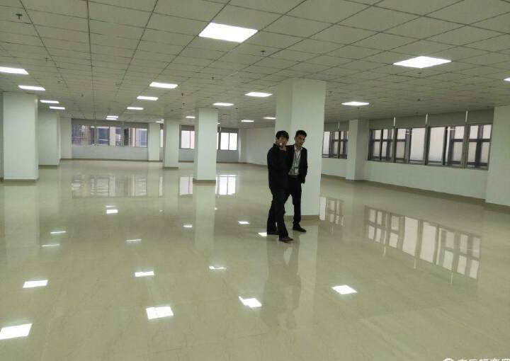 广东江门5000平米花园式写字楼出售图片8
