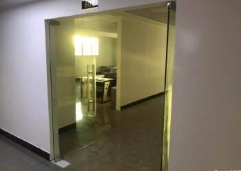 现成带装修办公室出租图片2