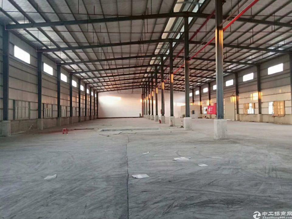 塘厦近深圳新出10米高钢构8000㎡,厂房双层屋顶,带隔热层