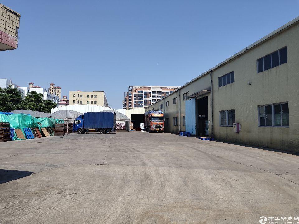 独院单一层厂房8万平方,超大空地1万五平,实际面积出租