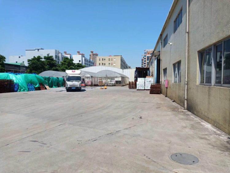 新出砖墙到顶独院单一层滴水9米,带牛腿,厂房三栋4000