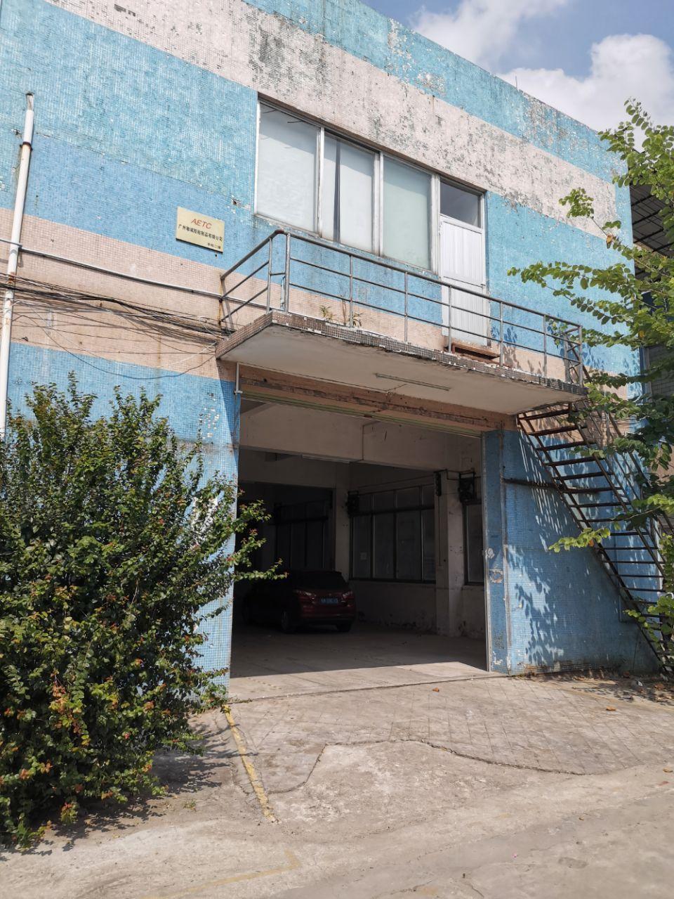 谢村地铁口标准一楼500平米,楼高5米