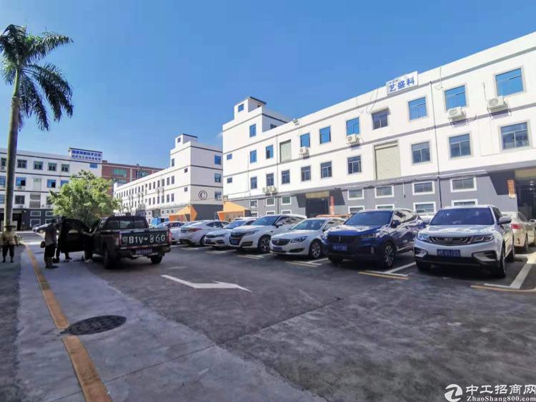观澜福民新出红本带装修厂房可做仓库电子设备等行业面积1200