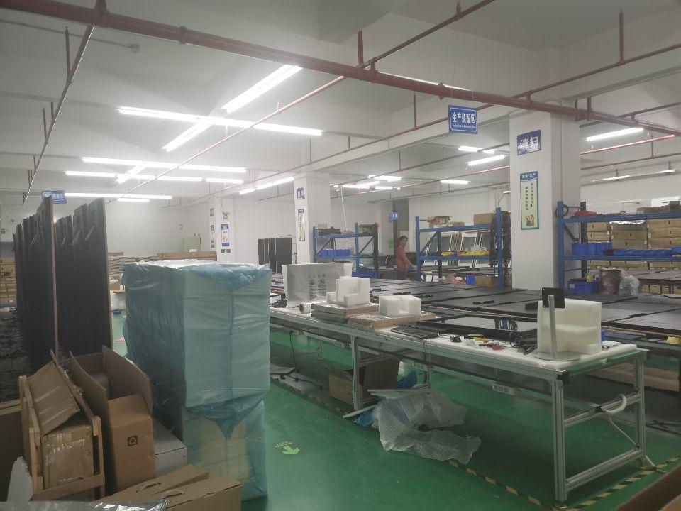 沙井后亭地铁口附近新出楼上678平米带装修厂房出租