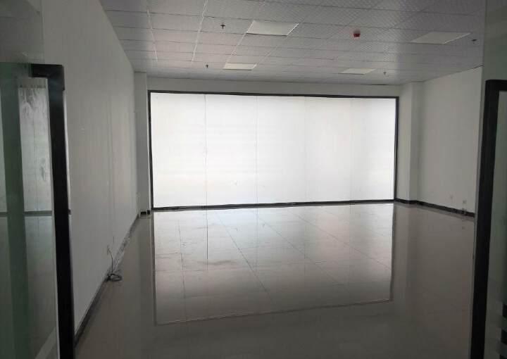 广东佛山高速路口12000平米精装修写字楼出售图片6