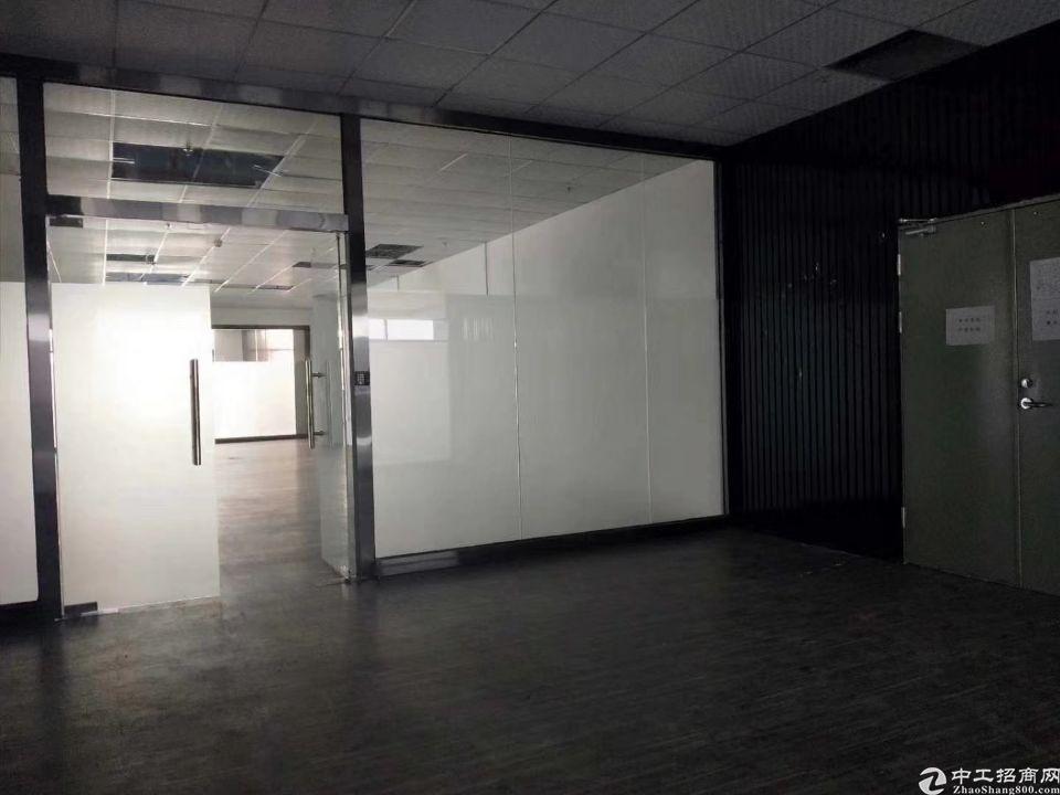 光明高新区楼上整层3500平精装修厂房出租