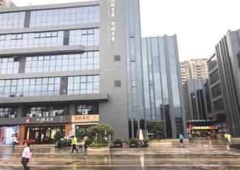 清湖地铁站口附近新出楼上510平带装修面积出租图片1