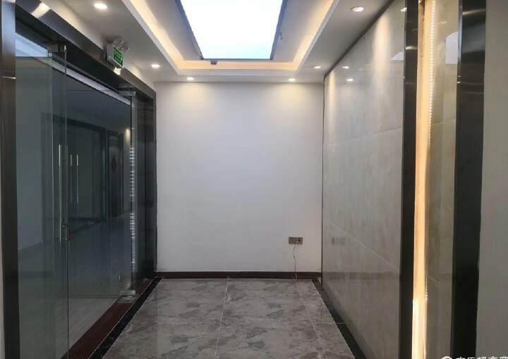 龙华清湖地铁口,甲级写字楼精装149平图片7