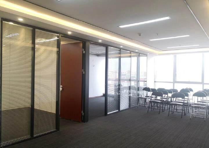 龙华清湖地铁口,甲级写字楼精装149平图片3